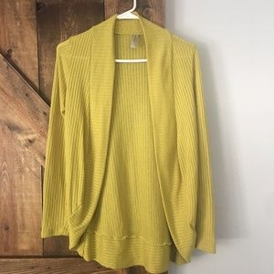 Francesca's citron green cardigan